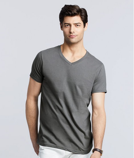 Softstyle V-Neck T-shirt Gildan